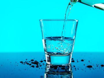 Esta bebida contiene  minerales que nos hacen sentir bien. / Foto: Freepik