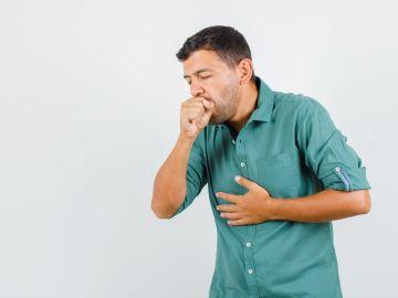 Si la tos es crónica deberás ir al médico. / Foto: Freepik.
