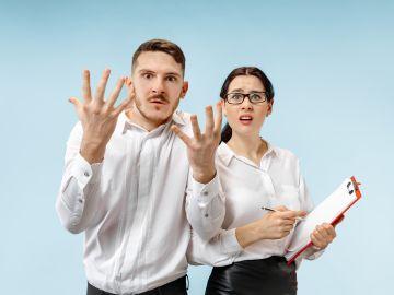 Aprende qué hacer cuando seas víctima de rumores negativos / Foto: Master1305 - Freepik.