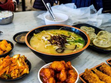 Las sopas forman parte de la rica dieta coreana. / Foto: Elle Morre - Unsplash.