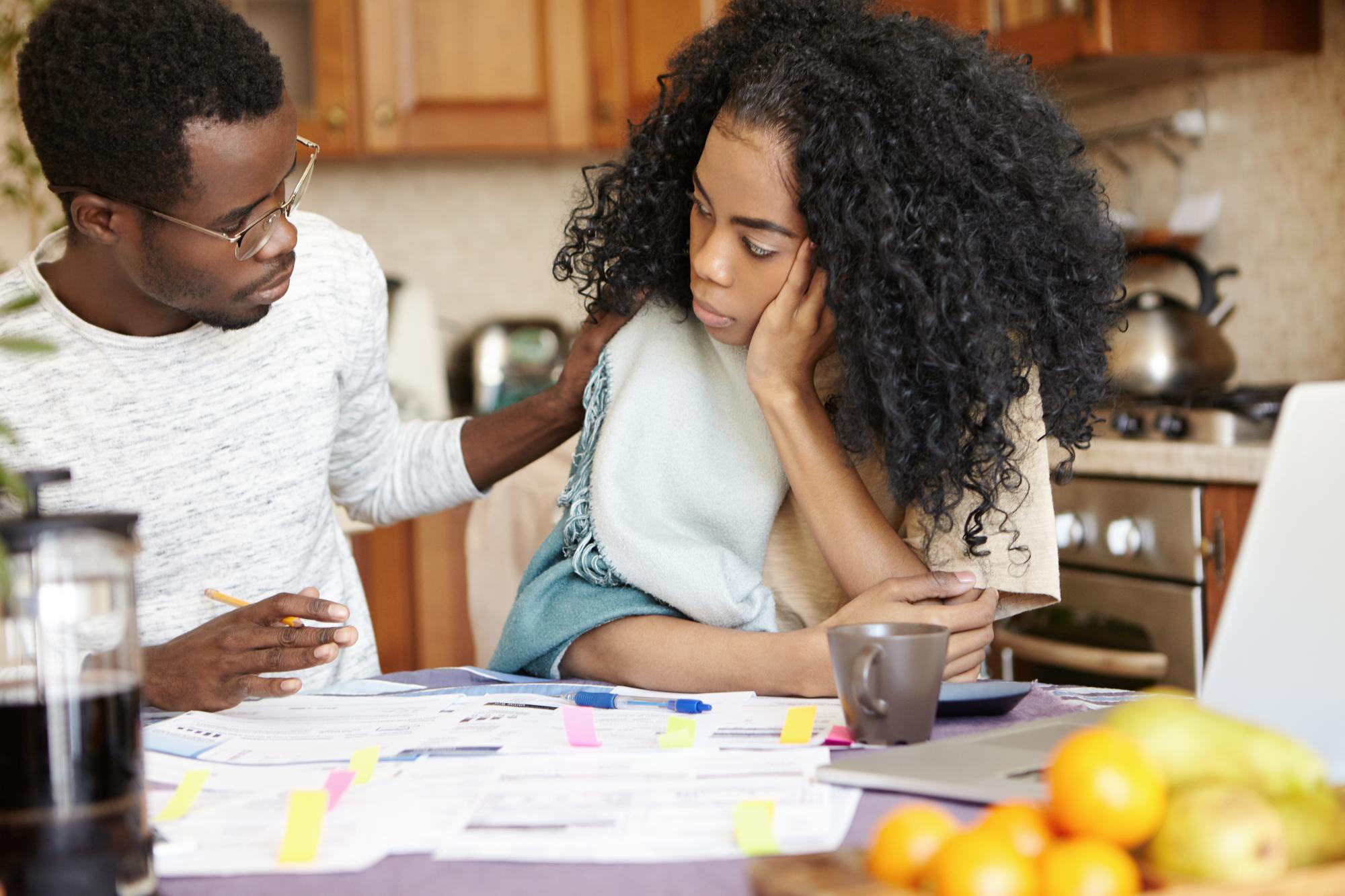 problemas de dinero en la pareja