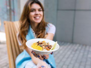 Por lo fácil y rápidas que son estas recetas, seguro no saldrás sin desayunar. Foto: Lookstudio - Freepik