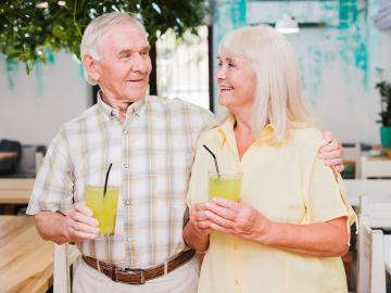 Cómo el calor extremo puede afectar a la salud de las personas mayores