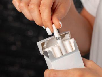FDA prohíbe cigarrillos con mentol