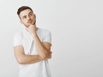 a un hombre le falta testosterona