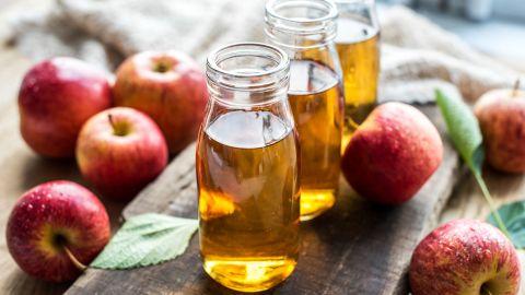 Beneficios de tomar vinagre de manzana por la noche