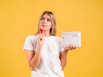 Estudian efectos de la vacuna COVID en el ciclo menstrual de la mujer