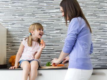8 estrategias para lograr que tu hijo coma todo tipo de alimentos