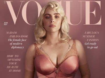 """Cómo la cantante Billie Eilish defiende a una generación de mujeres frente al acoso sexual desde su tapa en Vogue: """"Los hombres son muy débiles"""""""