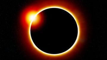 eclipse solar de anillo de fuego